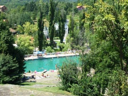 pogled ka bazenu banja Vrdnik